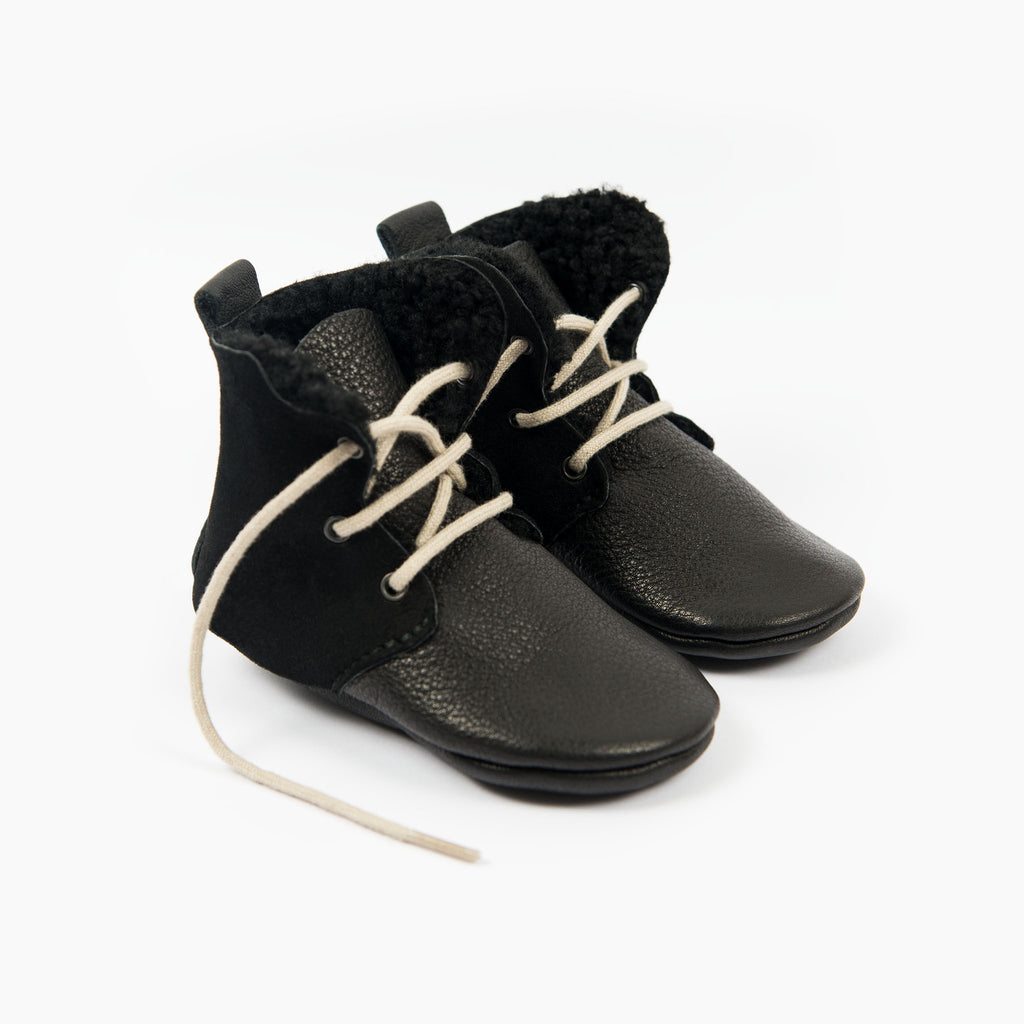 BLACK SHEEPSKIN HIGH TOPS