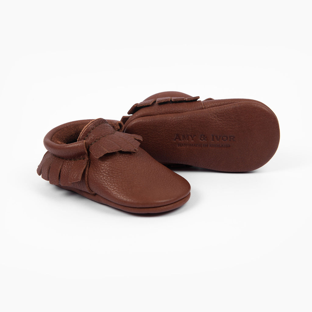 CHESTNUT MOCCASINS STOCK SALE - VARIOUS SIZES