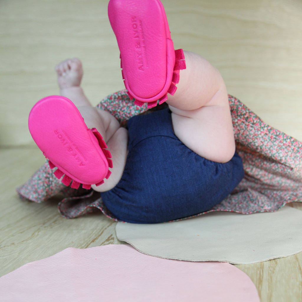 HOT PINK MOCCASINS STOCK SALE - VARIOUS SIZES