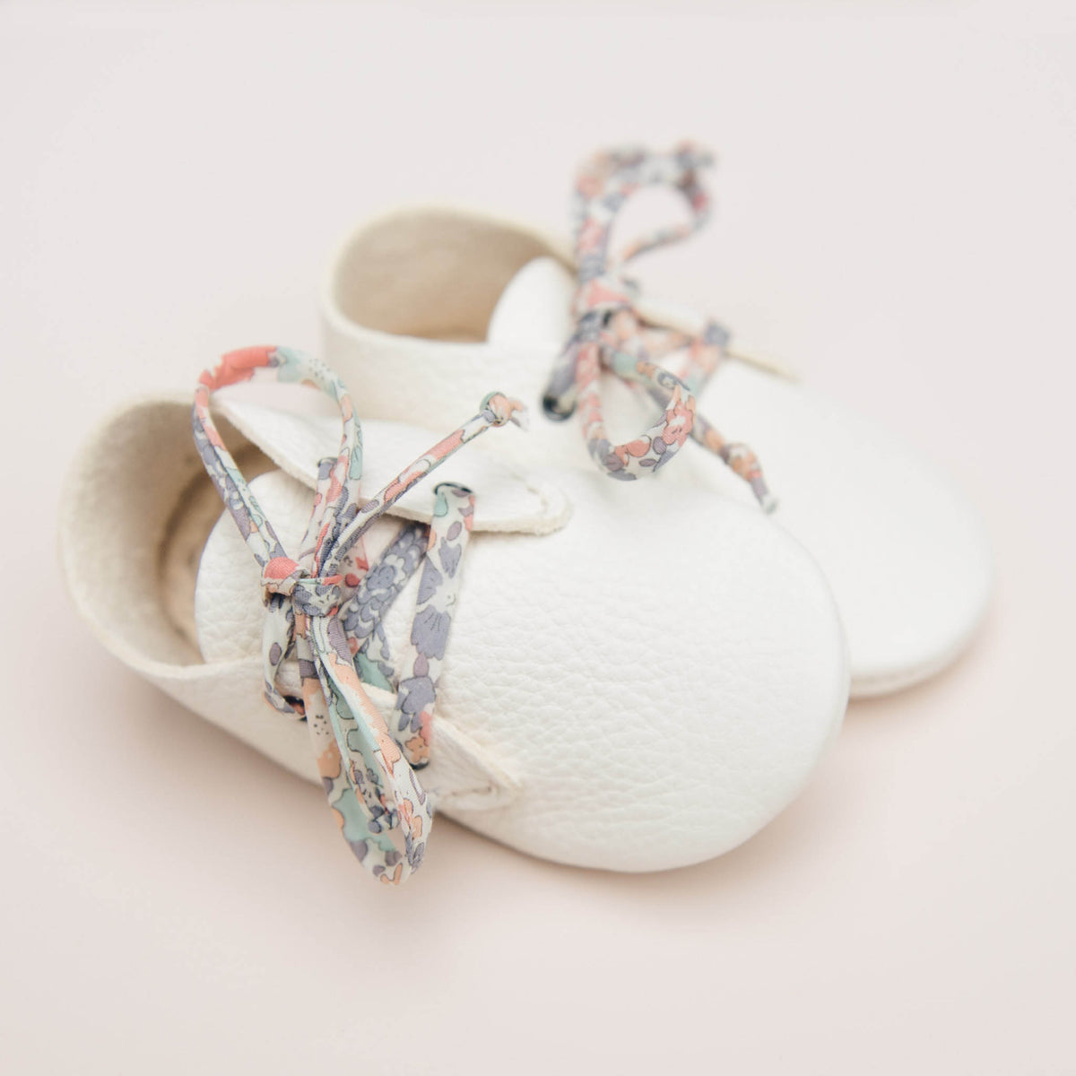 LITTLE CLOUD WHITE TRAVELLERS WITH LIBERTY LACES
