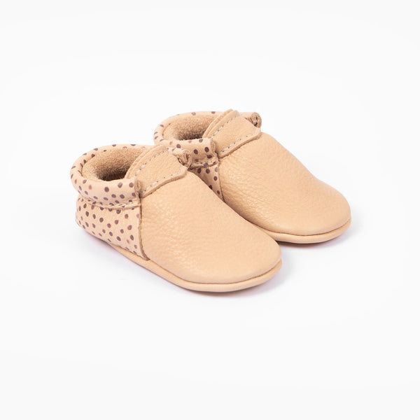 NATURAL SPOT URBAN MOCCASINS