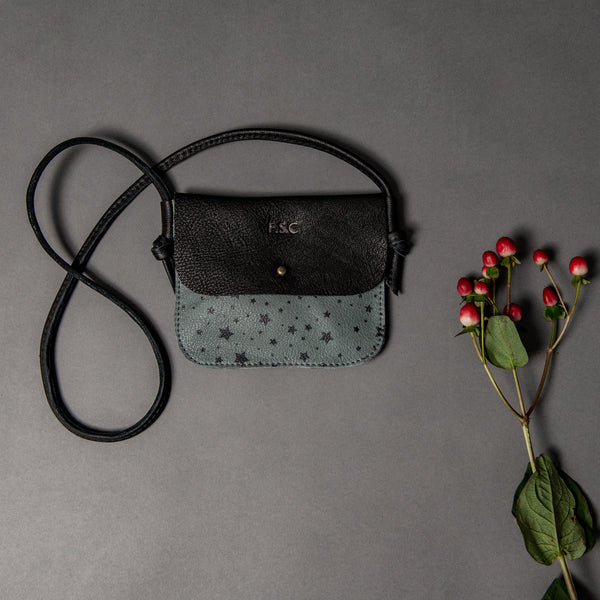 SLATE STARS/BLACK CHILDRENS CROSS BODY WITH STUD CLOSURE