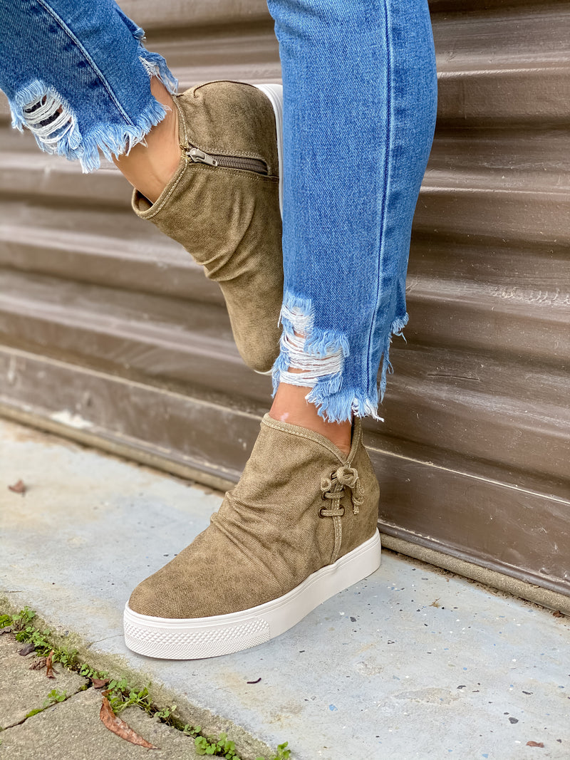 New Heights Wedge Sneaker (Taupe Canvas)