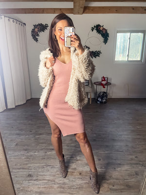 Not Playing Around Dress (Mauve)