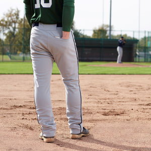 Baseball pants with insulated pocket
