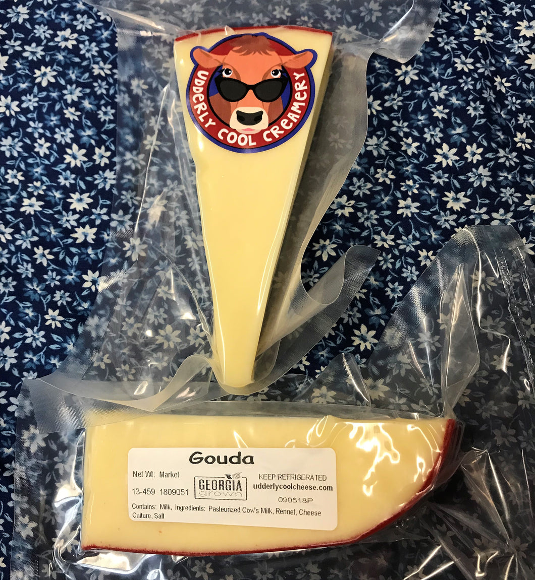 HANDCRAFTED CHEESE WEDGE:  GOUDA