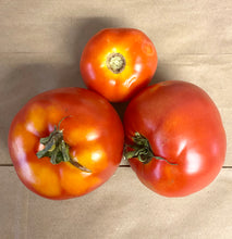 TOMATOES:  RED SLICING (1 LB)