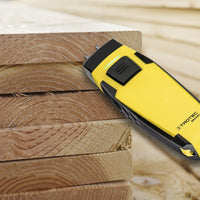 Photo of Trotec BM22WP measuring moisture from wooden boards