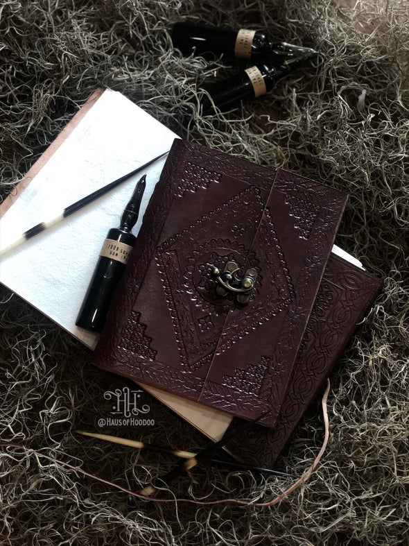 Diamond w/Latch Leather Journal