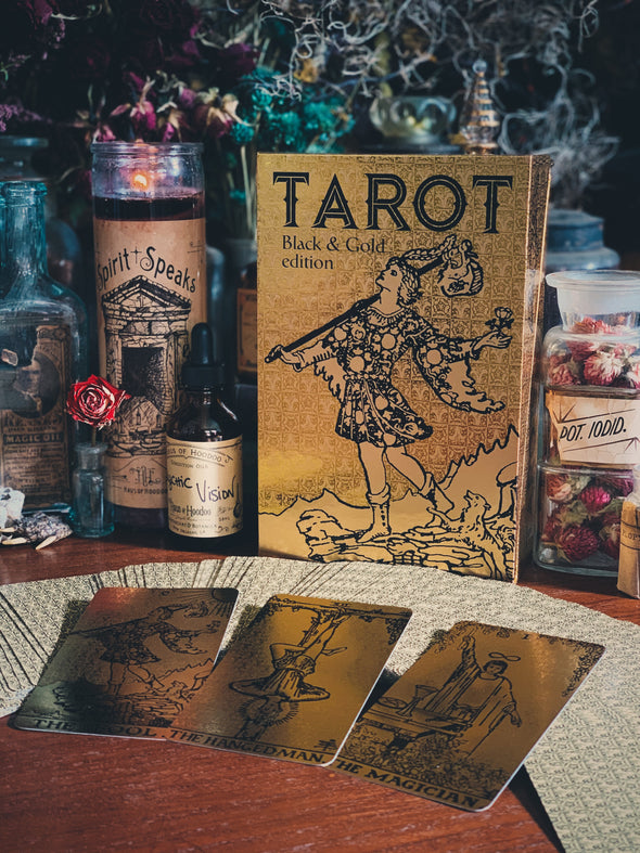Tarot Black & Gold