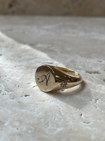 Classic Signet Ring with Engraving and Diamonds