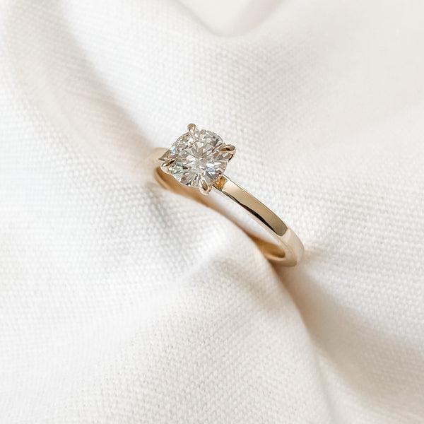 Cleo  • Round Diamond Engagement Ring