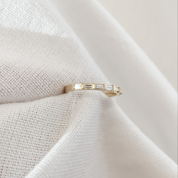 Elora • Baguette Wedding Band