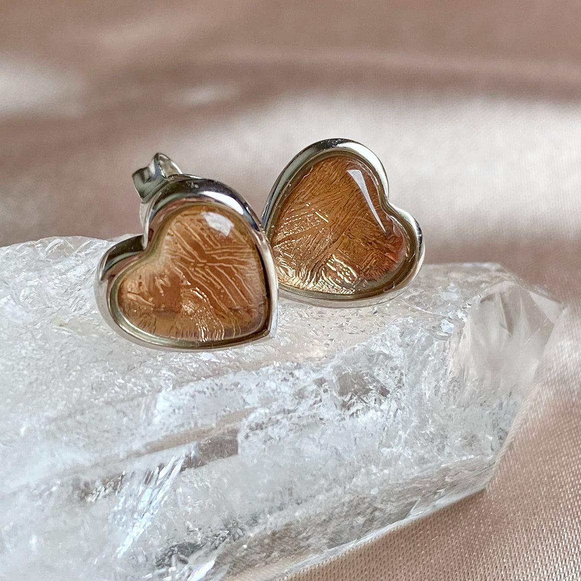 Rose Gold Muonionalusta Meteorite Heart 925 Silver Ear Studs