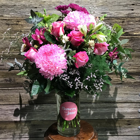 Deluxe vase of flowers delivered in Melbourne