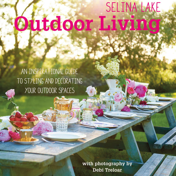Puriri Lane | Outdoor Living | Selina Lake