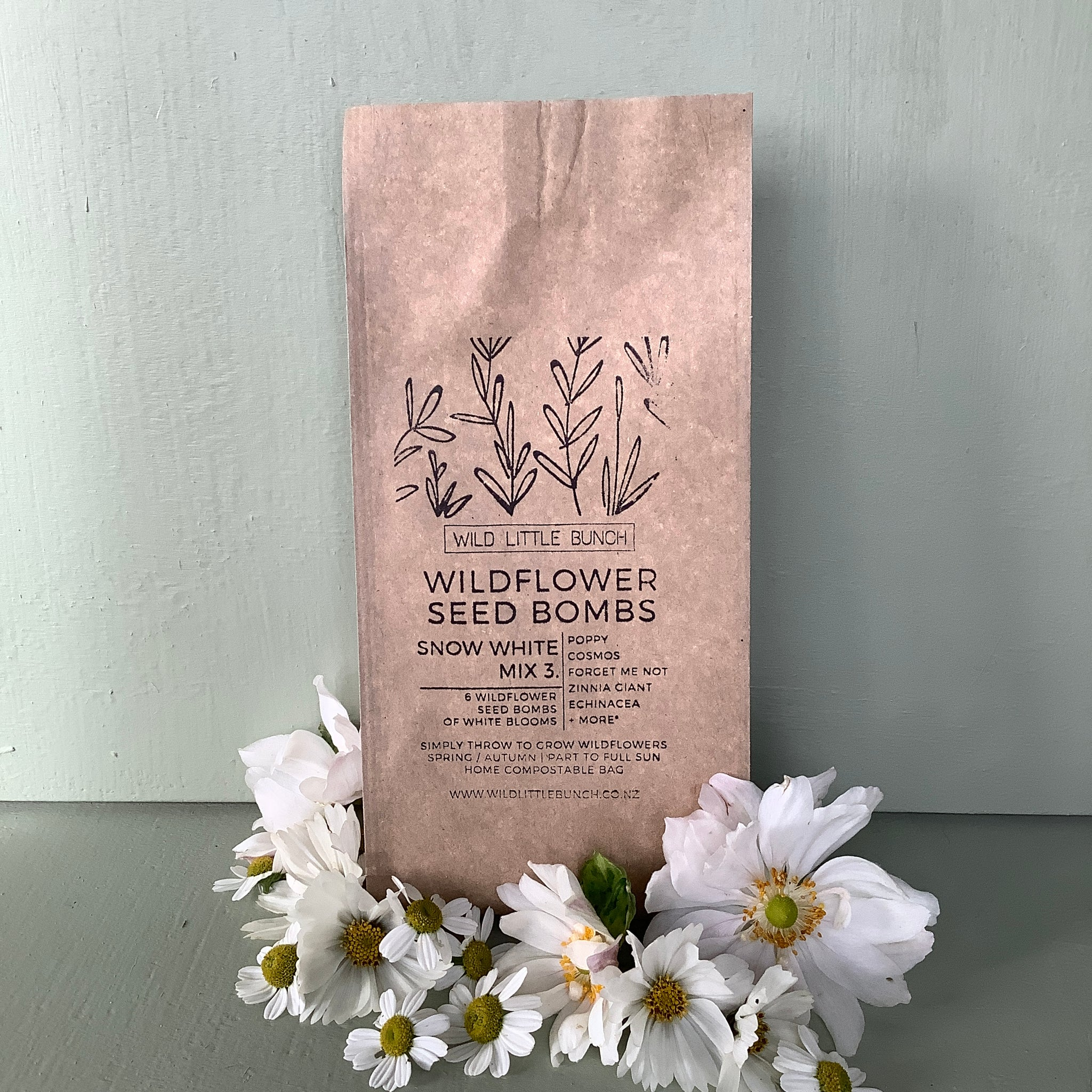 Puriri Lane | Wildflower Seed Bombs | Snow White Mix