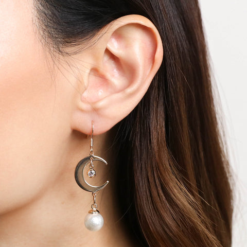 products/Crescent_Pearl_Drop_Earrings_-_Gold.jpg
