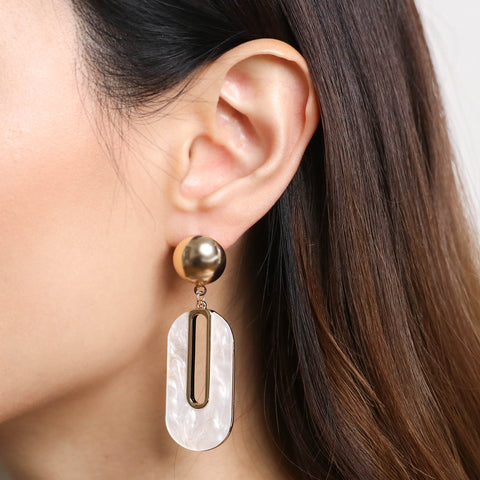 products/Diana_Pearl_Drop_Earrings.jpg