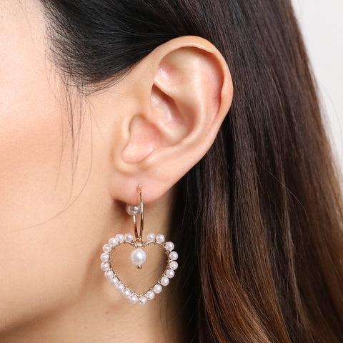 products/Heart_of_Pearls_Earrings.jpg