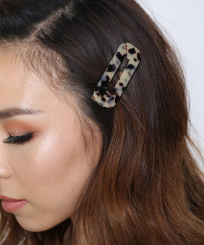 products/TortoiseshellRectangleHairClips1.jpg