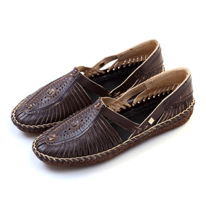 women's tan color shoes, summer slippers, women's shoes ,summer flats, slippers slip ons, women's sandals, no heels shoes, women's mules, mule shoes, mother's day gift, mom's shoes, women's moccasins, moccasin shoes