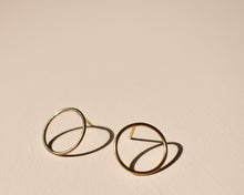 Circle Gold Studs - Recycled Gold Earrings