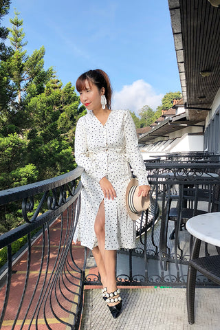 Polka-dot trench dress with detachable sleeves