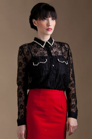 CLEARANCE: Pearl-trimmed collar lace shirt (Black)