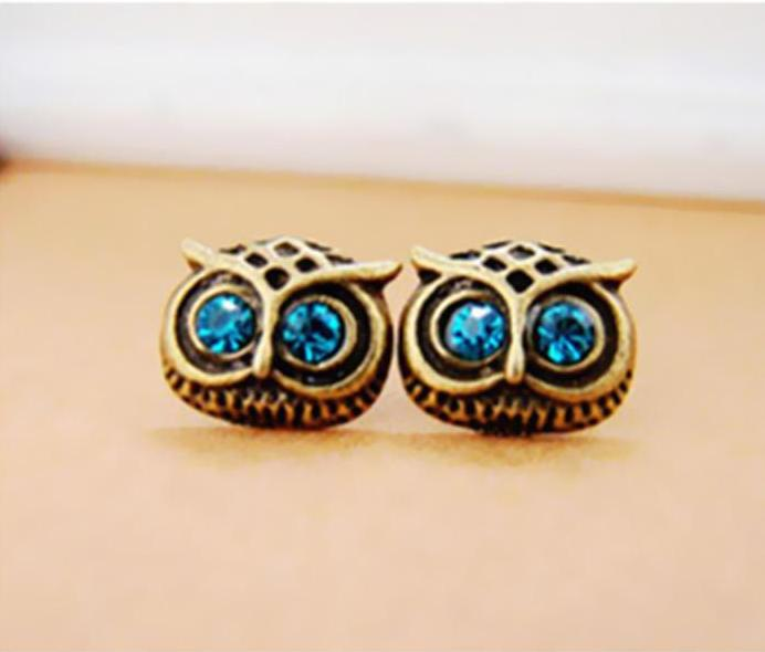 Classic Owl Stud Earrings