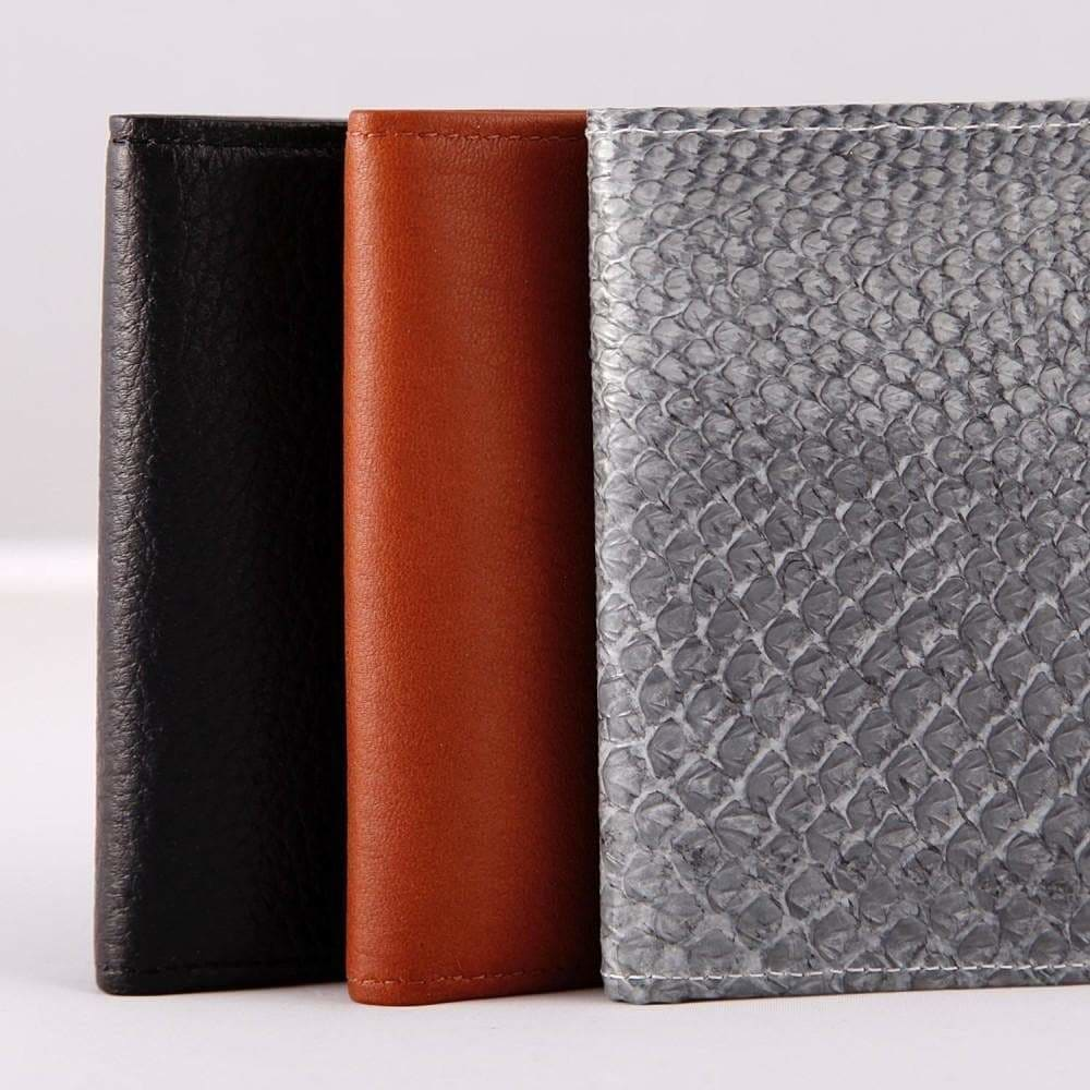 Load image into Gallery viewer, Salmon Skin Wallet - Lastu