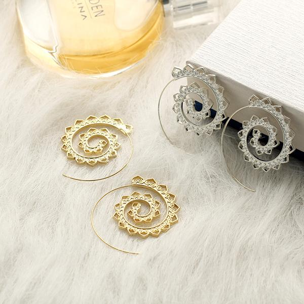 Chic Hoops Earrings Set Brianne