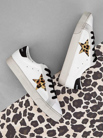 White Round Toe Leopard Star Patch Decor Sneakers