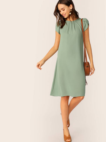 Green Round Neck Petal Sleeve Pleated Front Dress