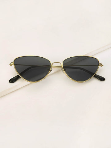 Black Cat Eye Metal Frame Sunglasses