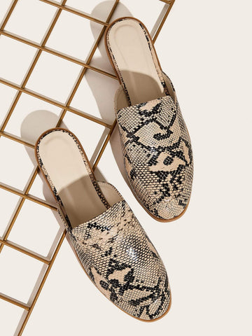 Closed Toe Snakeskin Print Flat Mules