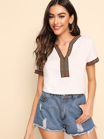 White Short Sleeve Tribal Embroidered Notch Neck Tee Top