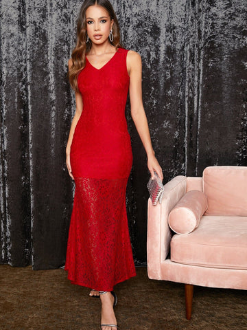 Bright Red Sleeveless Solid Fishtail Hem Lace Slim Fit Dress