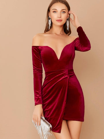 Red Wired V-Neck Off Shoulder Long Sleeve Mini Velvet Dress