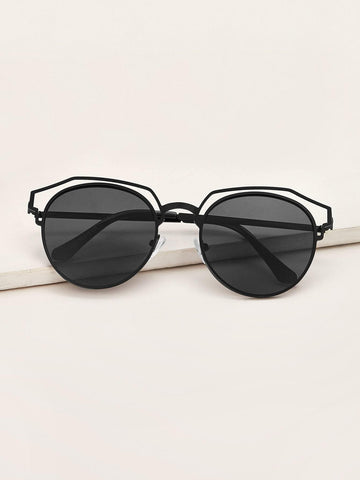 Black Hollow Out Round Frame Sunglasses With Case