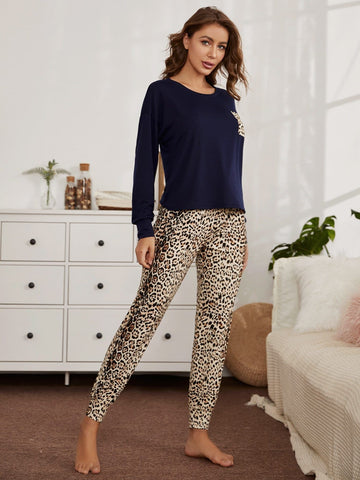 Round Neck Pocket Patched Top and Leopard Trousers Pyjama Sleepwear Set