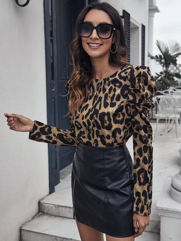 Round Neck Gigot Sleeve Leopard Top