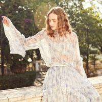 Vintage Style Flare Sleeves Floral Printed O Nexk Chiffon Loose Top