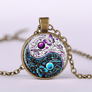 3 Color New Tai Chi Butterfly Glass Cabochon Pendant Silver Chain Necklace