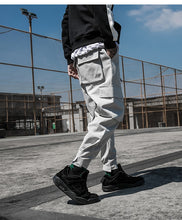 Load image into Gallery viewer, DOCK Cargo Pants, Grey