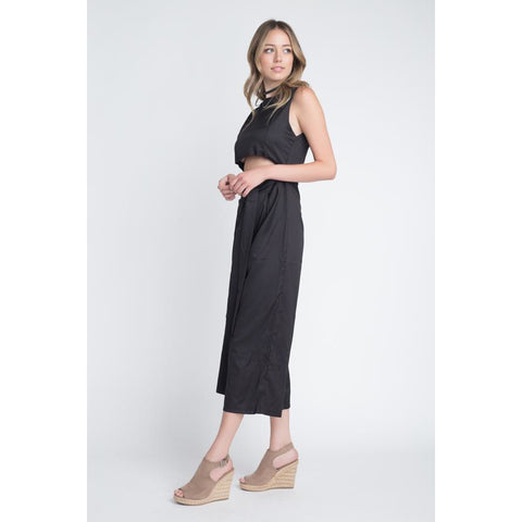 Women's Sleeveless Tie Jumpsuit with Slit-Habitout