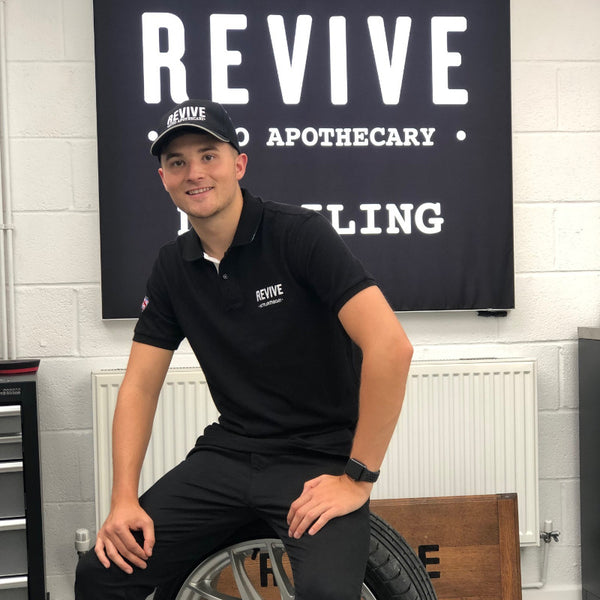 REVIVE Polo-shirt (Black/White Highlights)