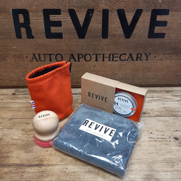 Luxury Wax, Beech Puck, Buffing Cloth Special Offer! (RRP£85.00)