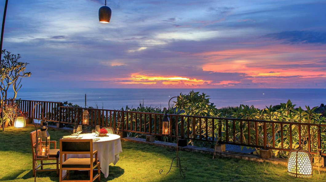 Romantic Candlelight Dinner On The Terrace In Uluwatu