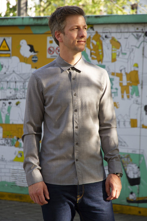 men wearing merino wool shirt in grey ottoman